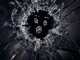 《黑镜》第四季 迷人的痛苦